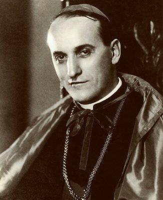 https://hr.wikipedia.org/wiki/Bla%C5%BEeni_Alojzije_Stepinac#/media/Datoteka:Kardinal_Alojzije_Stepinac.jpg